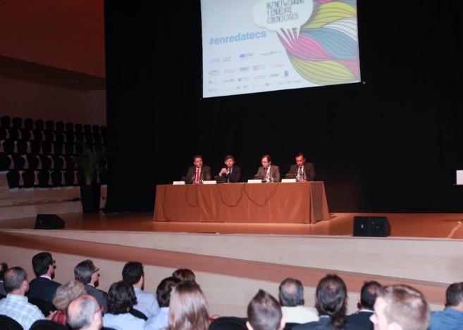 Alfonso Bataller en una de las ponencias del encuentro...