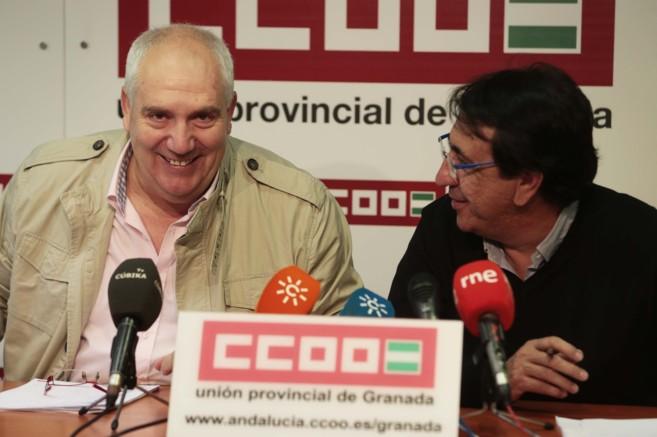 Francisco Carbonero (izda) y el secretario provincial Ricardo Flores...
