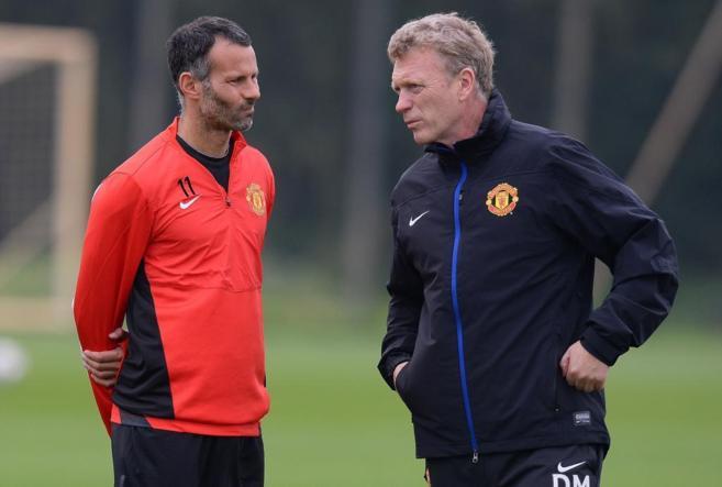 Giggs y Moyes, durante un entrenamiento del Manchester.