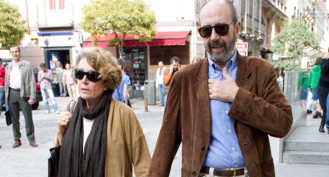 Rosa María Mateo con el actor Miguel Rellán, su pareja.