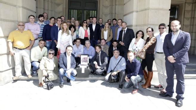 El equipo de Secuoya, tras presentar su proyecto al concurso.