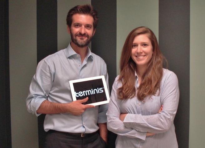 El cofundador y CEO de Terminis, Luis Gosálbez, con la directora de...