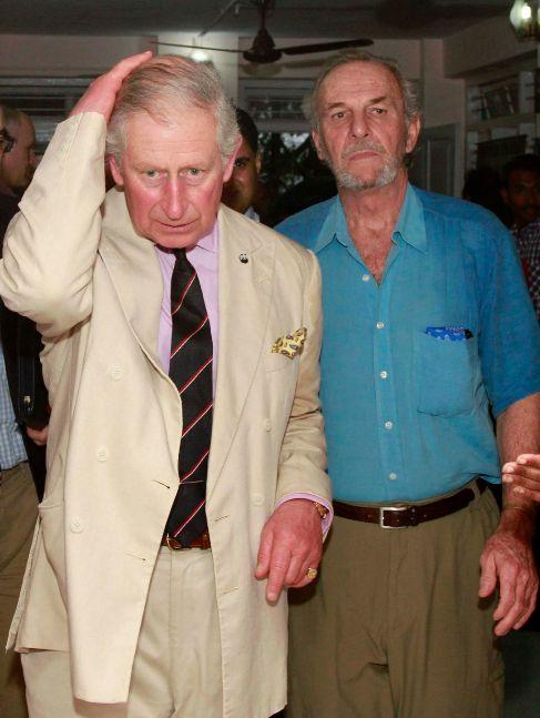 Mark Shand (d) y el príncipe Carlos, el año pasado en La India.