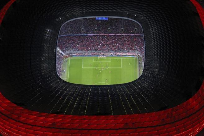 Toma aérea del Allianz Arena, el estadio del Bayern de Múnich.