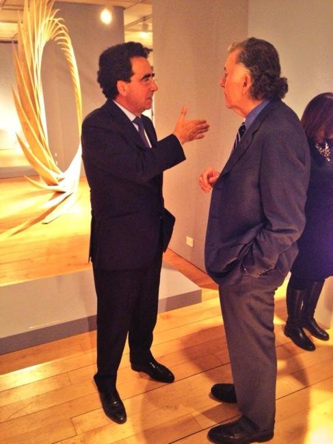 Santiago Calatrava (izquierda) durante la exposición.