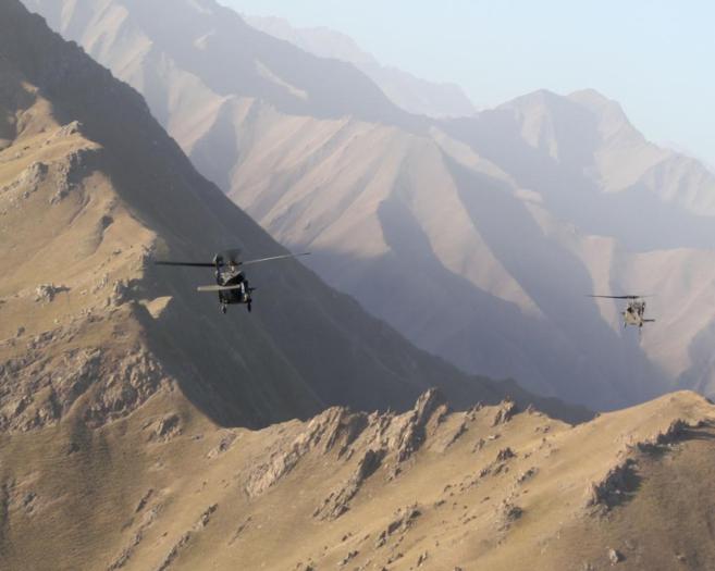 Dos helicópteros 'Black Hawk' del ejército estadounidense...
