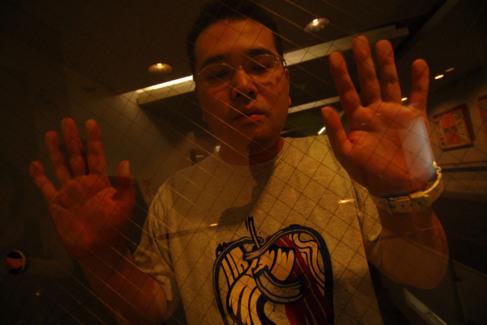 Hisaki ha pasado encerrado en su habitación desde los 18 a los 32...