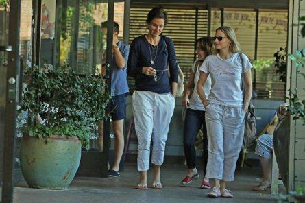 Jodie y Alexandra, hace un año en Beverly Hills cuando empezaron a...