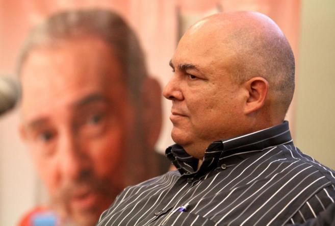 Alex Castro, hijo del líder cubano, en la presentación del libro...