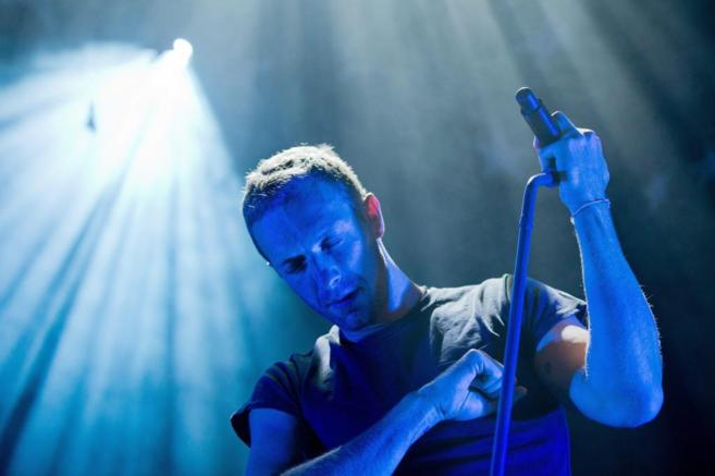 Chris Martin durante un concierto de Coldplay.