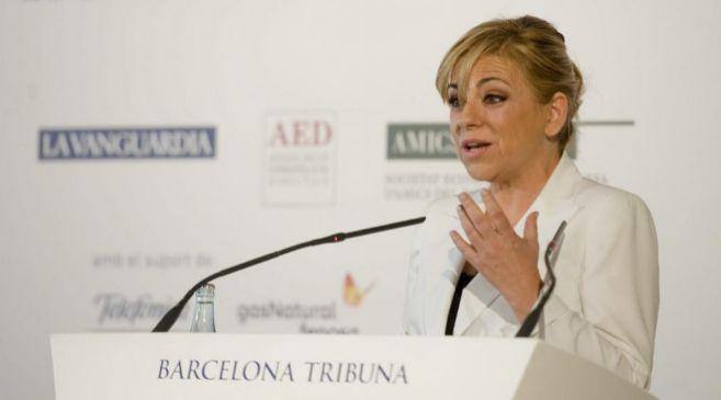 La candidata socialista a las europeas, Elena Valenciano, durante un...