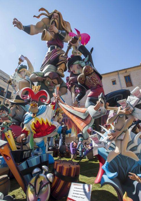Falla de la plaza del PIlar, ganadora en 2014.