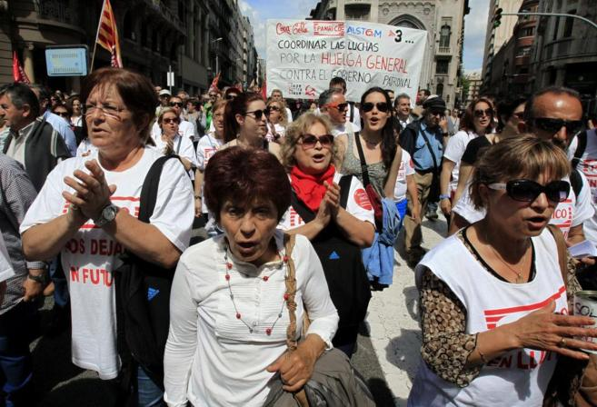 Manifestantes por la Via Laietana de Barcelona