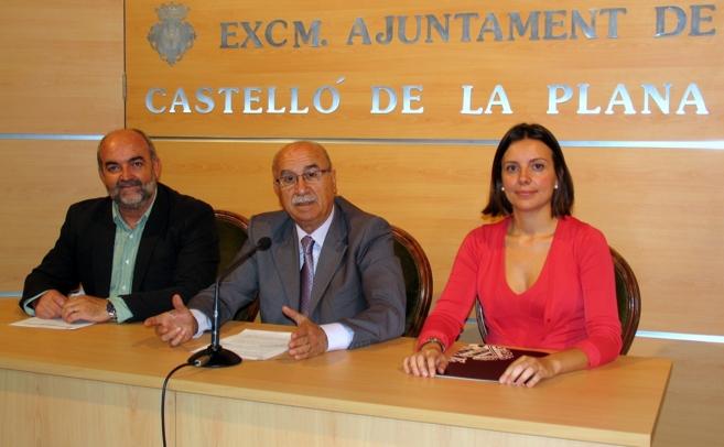 Miquel soler, en el centro, junto con Joaquín Torres y Carmen Albert.