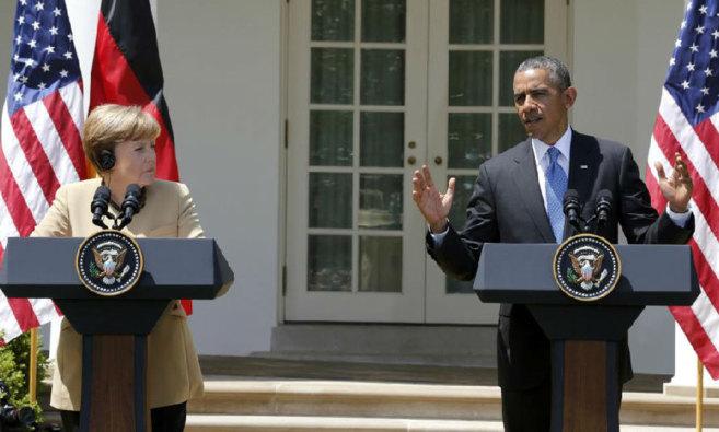 La canciller alemana y el presidente de EEUU, en la comparecencia...