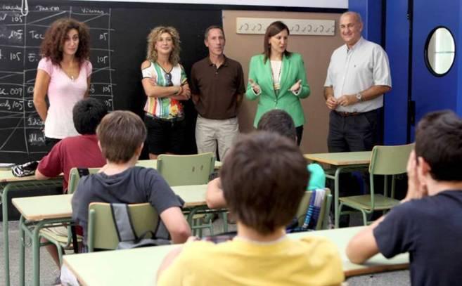 La consellera de Educación, María José Catalá, en una charla con...