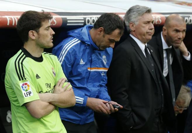 Casillas, Clement, Ancelotti y Zidane.
