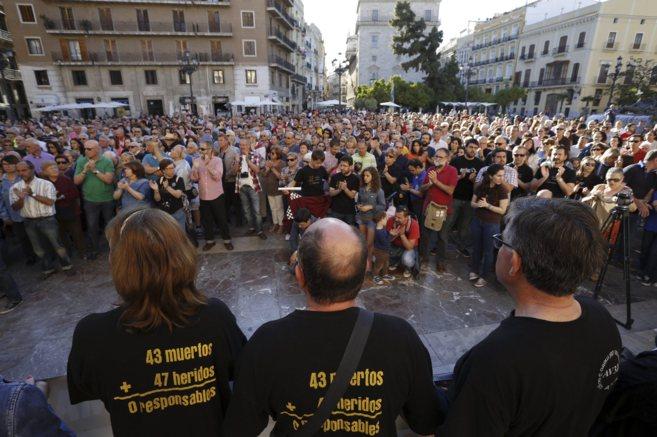 Otra multitudinaria manifestación este sábado pidiendo justicia,...