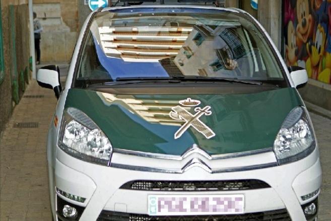 Un coche de la Guardia Civil traslada a los juzgados de Manacor al...