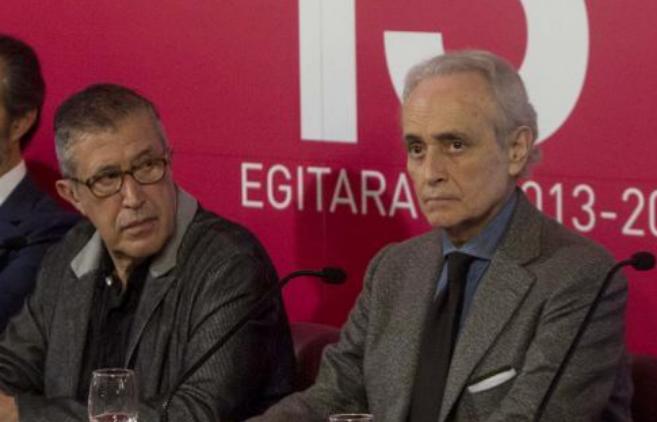 Emilio Sagi a la izquierda de Josep Carreras, en la presentació de...