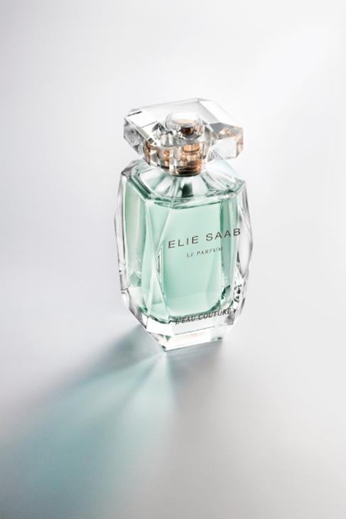 'L'Eau Couture', de Elie Saab (30 ml, 43 ¤). Inspirada en los...