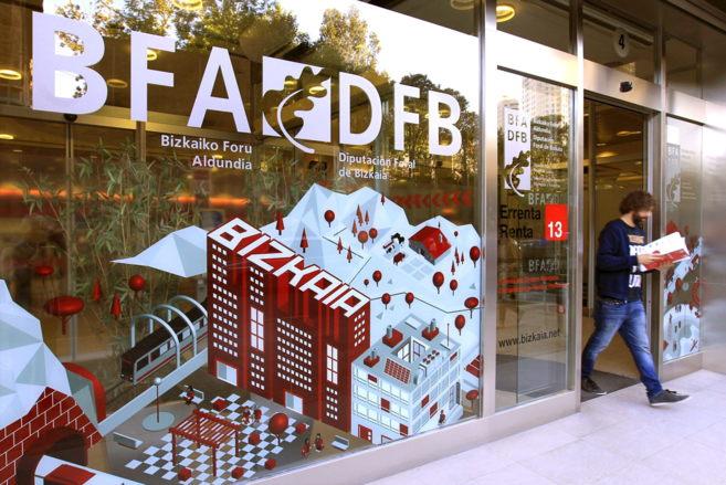 Renta 2013 la hacienda vizca na devuelve hoy 209 millones de euros en el primer d a de la - Oficina hacienda madrid ...
