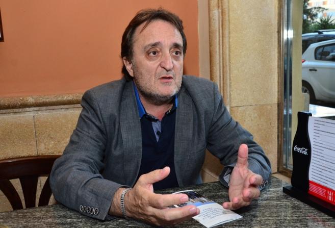 José Segador, candidato a la presidencia del Colegio de Médicos,...
