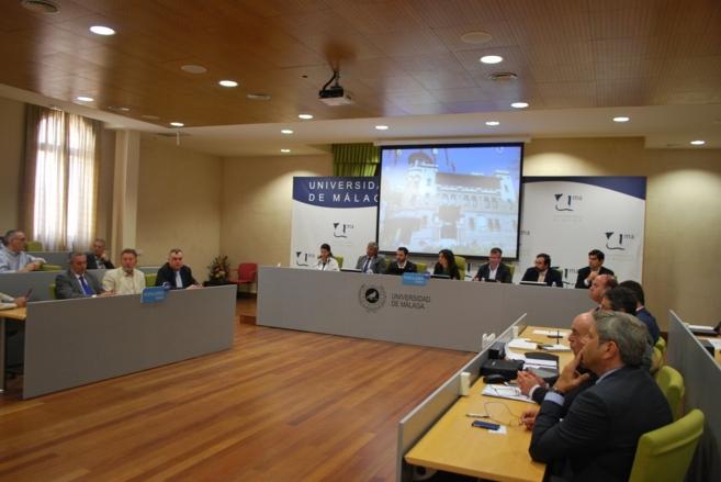 Alcaldes y urbanistas, en el Foro Municipal de Urbanismo del PP.