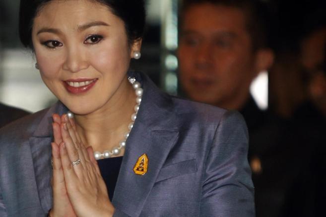 La primera ministra tailandesa, Yingluck Shinawatra, a su llegada al...