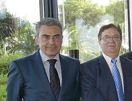 A la izquierda, el nuevo gerente de CAEB, Sergio Bertrán.