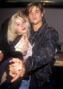 Christina Applegate y Brad Pitt. Eran guapos, rubios, jóvenes y...