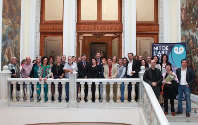 El alcalde ha reunido a los participantes en la casa consistorial.