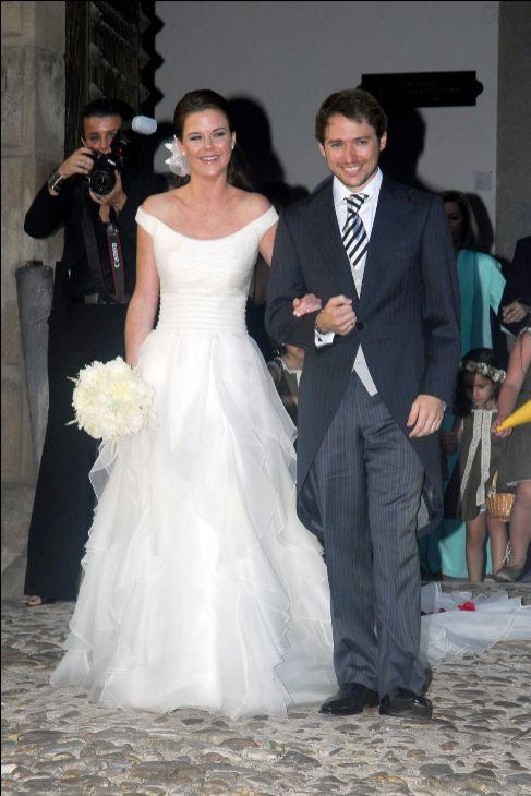 las famosas se casan de pronovias o rosa clará - amelia bono