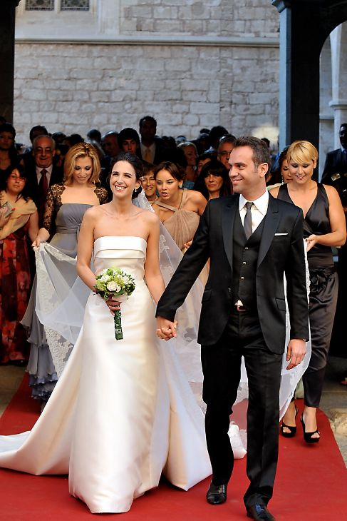 las famosas se casan de pronovias o rosa clará - nuria fergó, ya