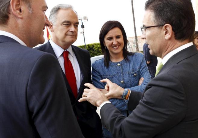 La consellera Català, junto a González Pons, Serafín Castellano y...