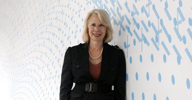 Stephanie Marrus, directora del Centro de Emprendimiento de la UCSF),...