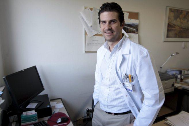 El doctor Sergio Vanó ya fue Premio Sánitas en 2010.