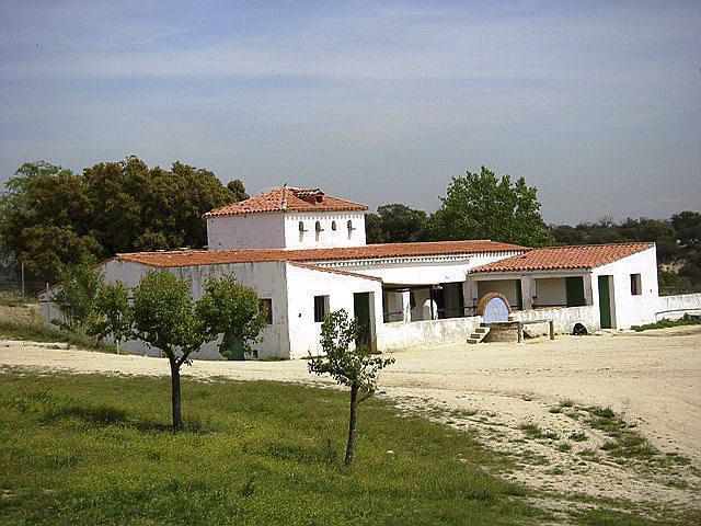 Instalaciones de la Granja escuela El Acebo, en Villanueva de Perales.