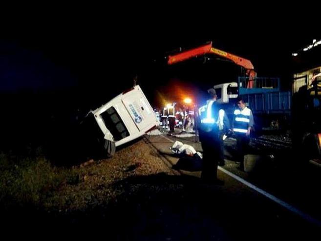 Accidente de un microbús en Monterrubio de la Serena