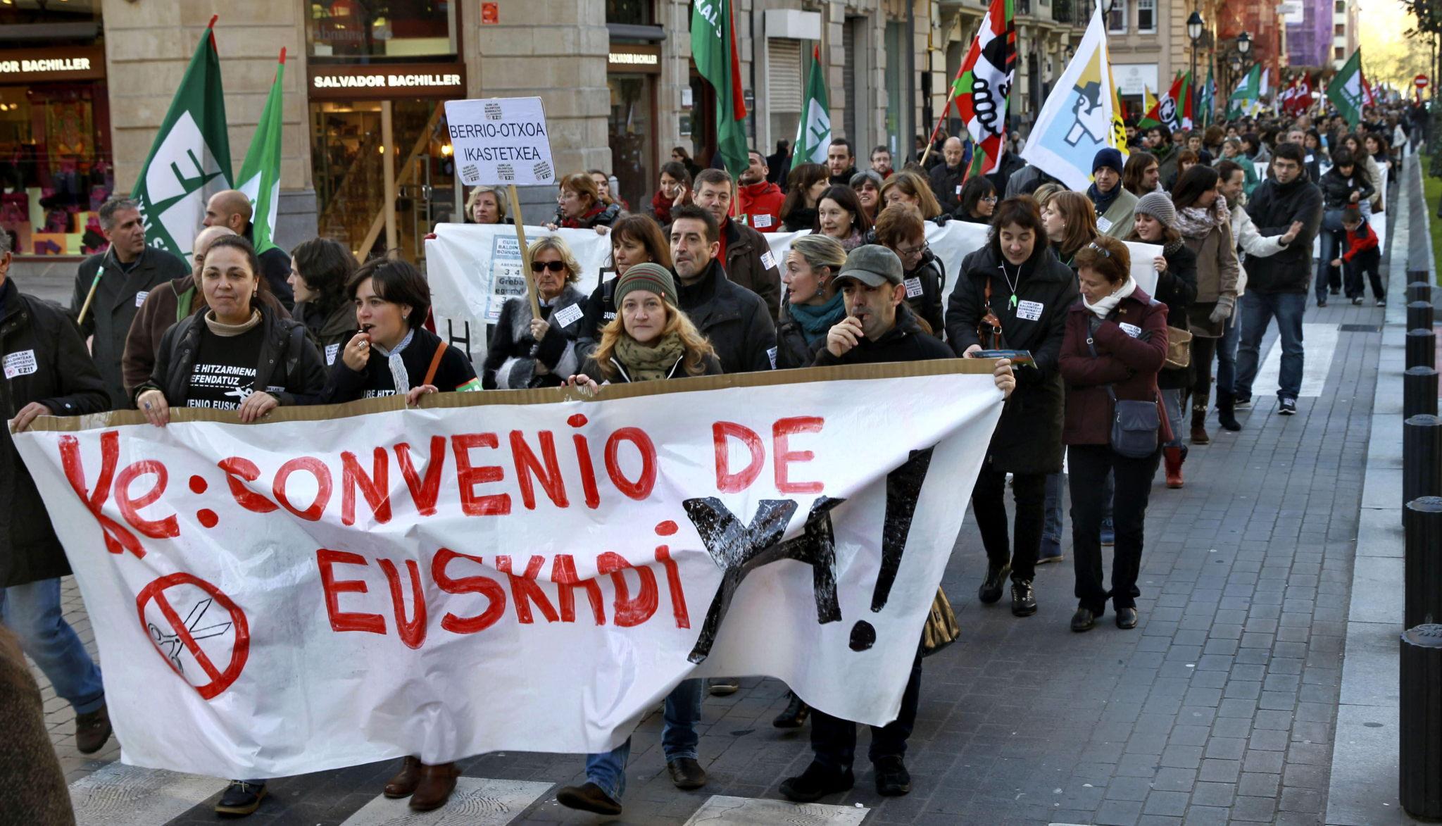 Trabajadores de la enseñanza concertada en Euskadi durante una de sus anteriores jornadas de protesta.
