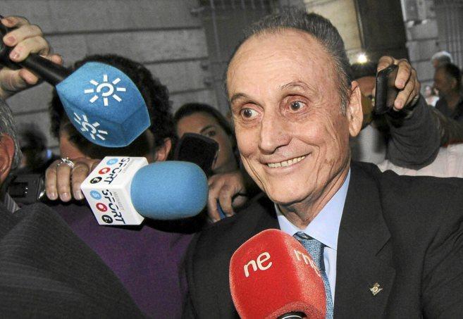 Manuel Ruiz de Lopera, a las puertas del juzgado tras su última...