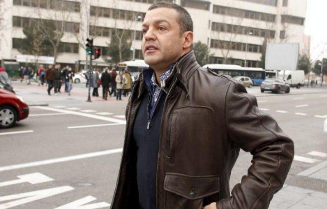 El empresario Miguel Ángel Flores tras acudir a los juzgados de Plaza...