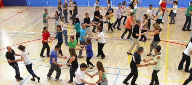 Bailarines en uno de los talleres de la pasada edición.
