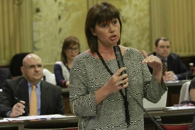 La portavoz del PSIB en el Parlament, Francina Armengol, en el...