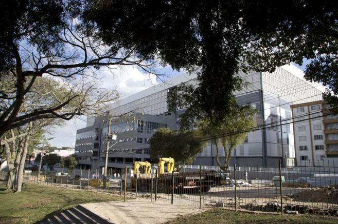 Vista de las obras en el estadio de Curitiba.