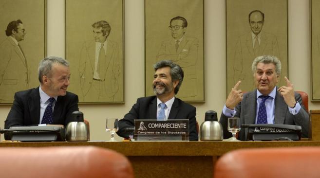 Lesmes, junto a Jesús Posada y el diputado socialista Ignacio...
