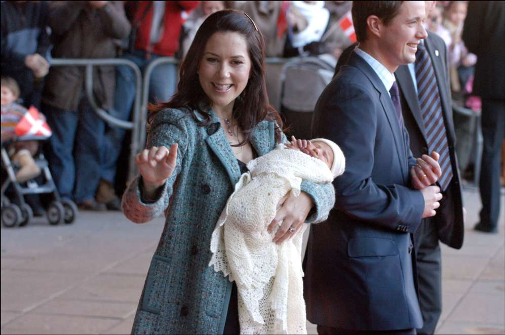 El primer hijo de la pareja, el príncipe Christian, vino al mundo el...