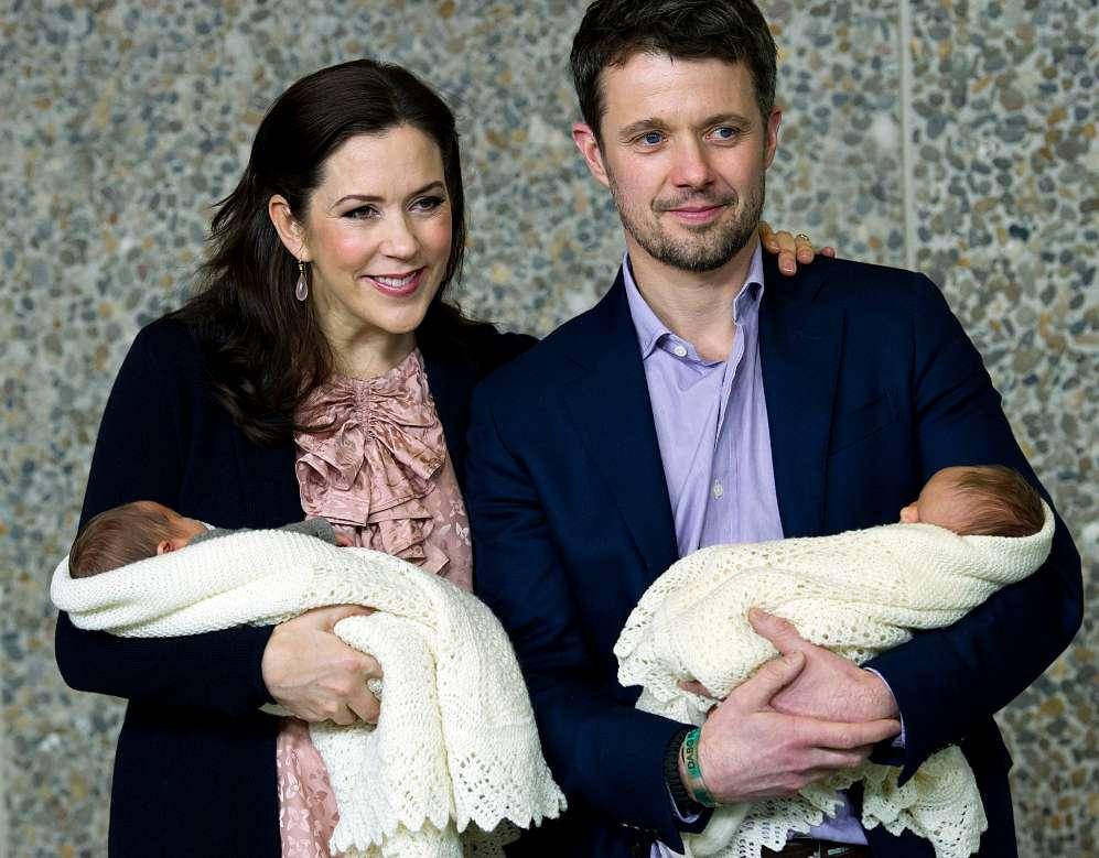 El 8 de enero de 2011 se convirtieron oficialmente en familia numerosa...