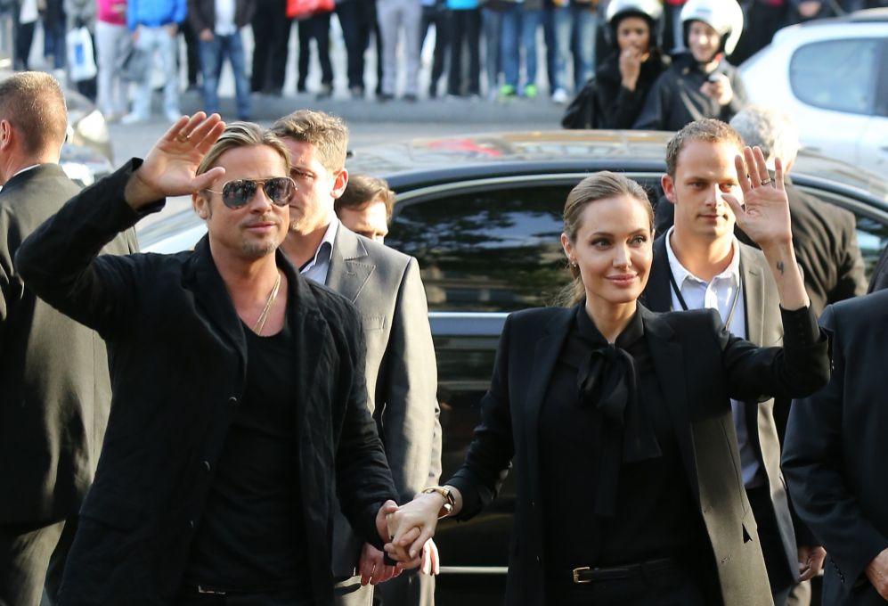 La actriz acompañó a su esposo en la gira europea de la película....