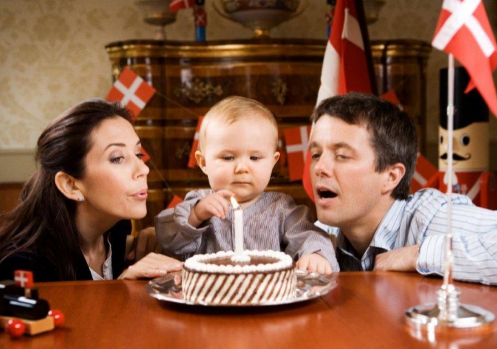 Con ocasión del primer cumpleaños del pequeño Christian, se dejaron...